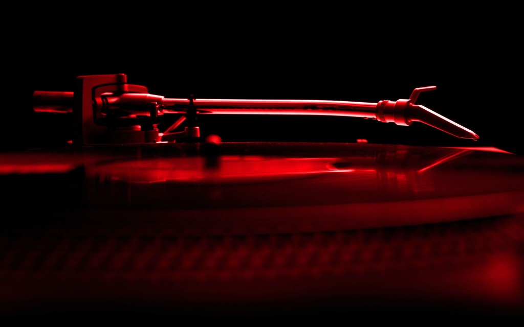 turntable-red